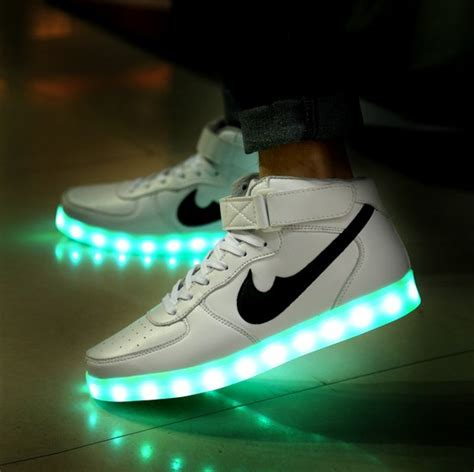 led light up shoes in stores 2015 new fashion 8 colors light up sneakers for adults