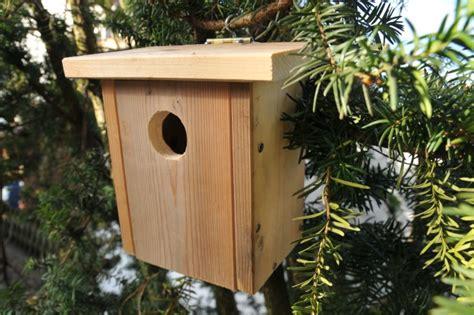 Vogelhaus Einfach Selber Bauen by Nistkasten F 252 R Meise Spatz Und Co Selber Bauen Anleitung
