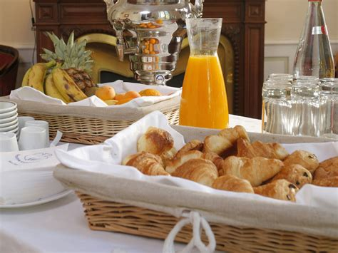 petit buffet cuisine breakfast buffet the imperator the prestigious hotel