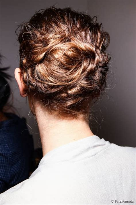 cute updos  avoid  summer hairstyle rut