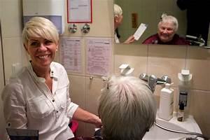 Wie Finanziert Sich Zuhause Im Glück : im pflegezentrum an der metter f hlen sich die bewohner ~ Lizthompson.info Haus und Dekorationen
