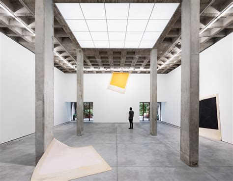 riestra, arnaud & werz renovate OMR art gallery in mexico city