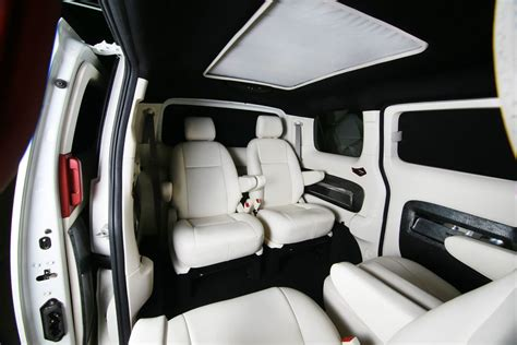 Cars Interior Modified : Dc Design Develops A 'lounge Package' For The Nissan Evalia
