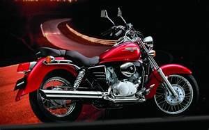 Shadow 125 Occasion : honda 125 shadow vt 2006 fiche moto motoplanete ~ Medecine-chirurgie-esthetiques.com Avis de Voitures