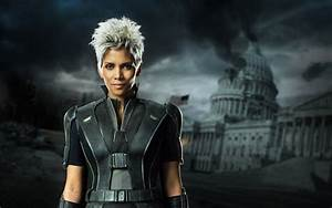 Halle Berry Wants to Make a Storm Solo Film - SuperHeroHype