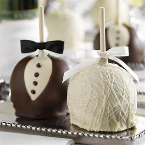 25 edible wedding favors your guests won39t leave behind With caramel apples wedding favors