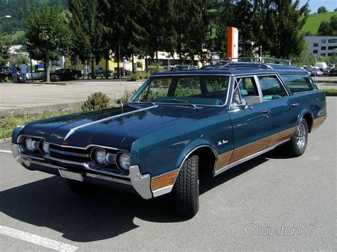 "Oldsmobile Vista Cruiser wagon, 1967 - Oldiesfan67 ""Mon ..."