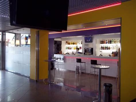 Banconi Bar Illuminati Arredamenti Bar Agor 224 Allestimenti Allestimento Bar