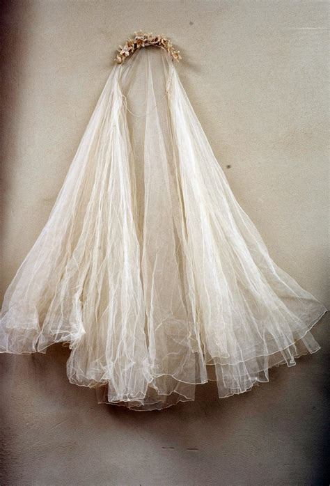 1920 Antique French Ghostly Tiara Tulle Veil Wax Lily