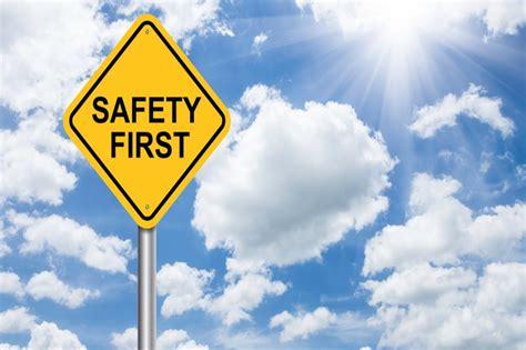 มาดูการทำงานให้ปลอดภัยโดยใช้หลัก SAFETY FIRST ในโรงงาน ...