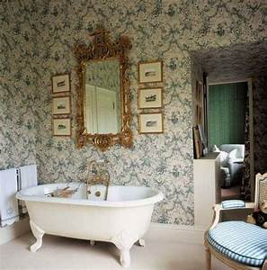 Wallpaper Ideas to Make Your Bathroom Beautiful