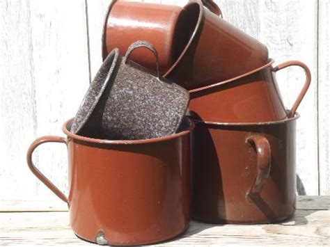 vintage camp enamelware lot soup pot sized super mugs coffee cups