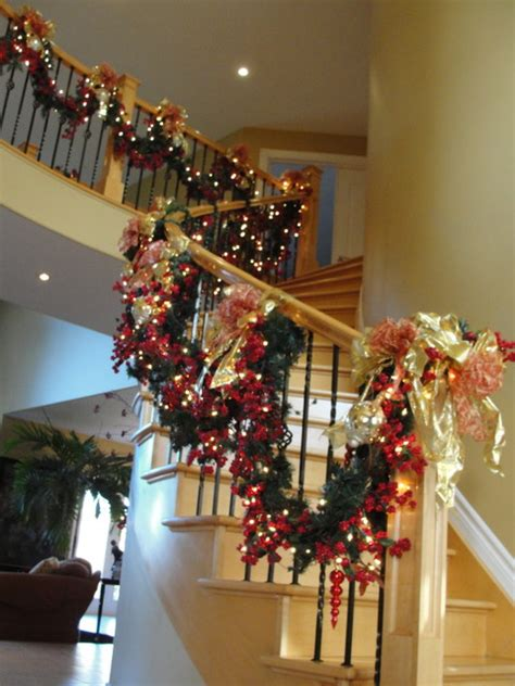 awesome christmas stairs decoration ideas style