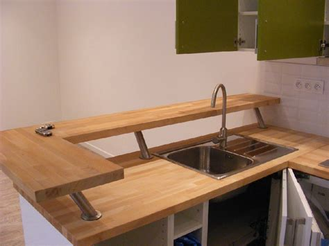 protege plan de travail cuisine free plan de travail sur pied cuisine beau plan de travail