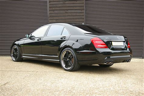 Exclusive reports and current films: 2007 Mercedes Benz S65 AMG V12 Bi-Turbo LWB Auto (28,850 miles) SOLD | Car And Classic