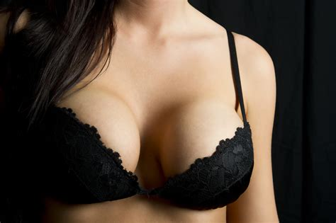 Have Breast Lift With Or Without Breast Augmentation Is