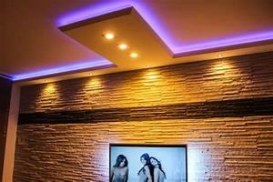 Led Indirekte Deckenbeleuchtung : indirekte beleuchtung led stuckleisten und fassadengestaltung ~ Watch28wear.com Haus und Dekorationen