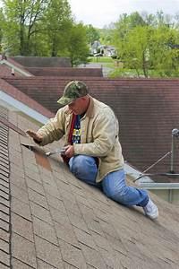 Dachpappe Verlegen Auf Holz : dachreparatur eine fachgerechte anleitung in 6 schritten ~ Frokenaadalensverden.com Haus und Dekorationen