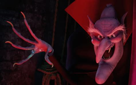 'Hotel Transylvania 2' Has a Halloween Party (Trailer)