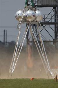 Johnson Space Center Engineers Test New Lunar Lander ...