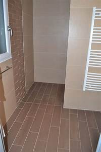 carrelage imitation parquet linieres carrelages angers With calepinage salle de bain
