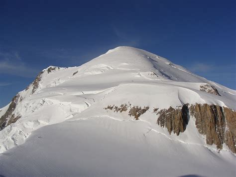 ascension du mont blanc avec un guide de haute montagne