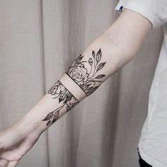 Tattoos Für Frauen Arm : tattoo unterarm frau blumen geometrische linien tattoos inspiration pinterest tattoo ~ Frokenaadalensverden.com Haus und Dekorationen