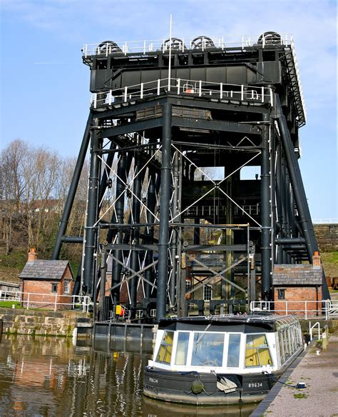 Vertical Boat Lift Cable Routing by Anderton Boat Lift