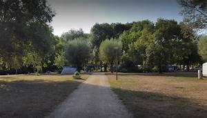 Camping 3 Toiles Municipal Le Sabot Azay Le Rideau 37