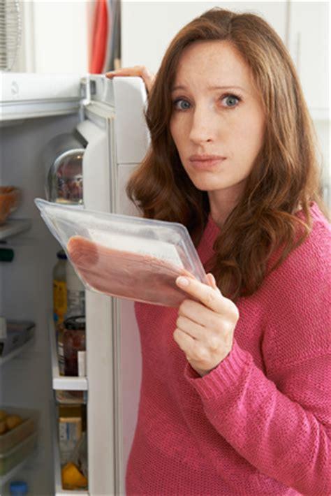 Wie Lange Halten Tomaten Im Kühlschrank by Wie Lange Halten Sich Lebensmittel Tats 228 Chlich Im