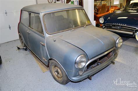 mini cooper body welding classic 1967 project restoration austin rusty rust motorsports mania