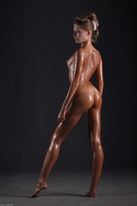 Awesome Erotic Cutie Witj Oiled Up Perfect Xxx Dessert