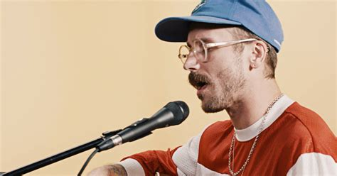 Watch Portugal. The Man's Intimate Live Version Of 'feel