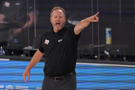 Mike Budenholzer Proud of Bucks for Being on 'Right Side ...