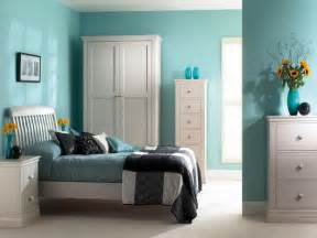 good color combination interior bedroom theme white and