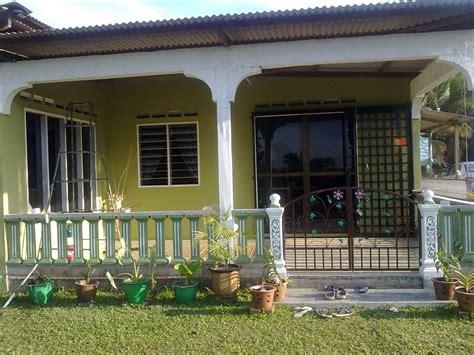 warna cat rumah  kampung desain rumah