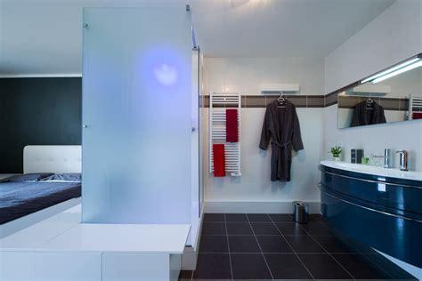 photo chambre parentale avec salle de bain et dressing chambre parentale avec salle de bain ouverte sk concept