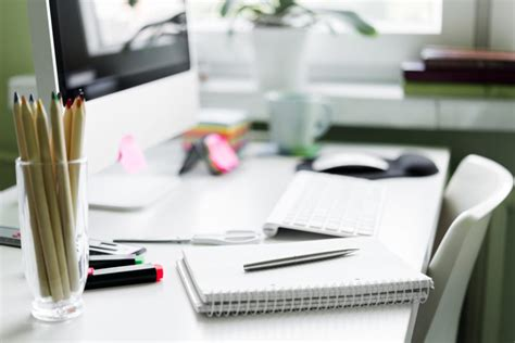 Your Office Desk by Daily Habits To Keep Your Office Work Desk Clean Evolve
