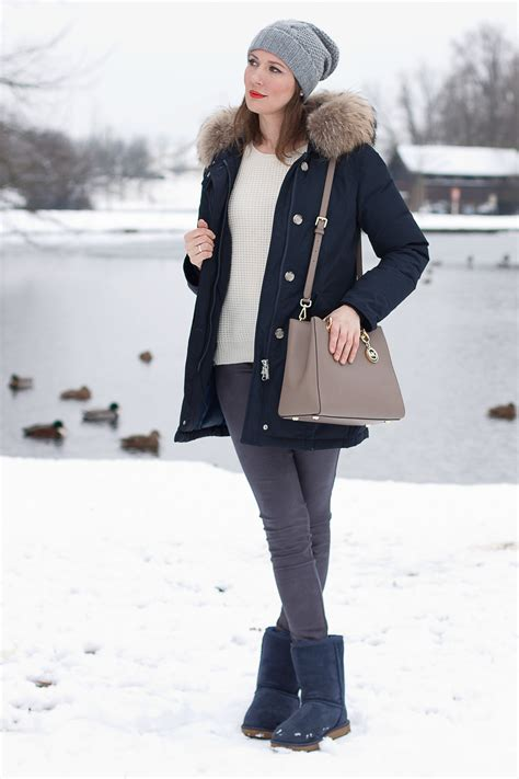 Navy Blue Uggs Outfit
