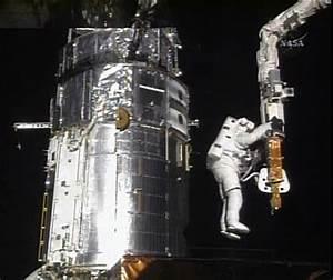 Astronauts wrap up Hubble renovation | The Spokesman-Review
