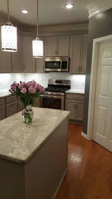 Cheap Stainless Steel Bathroom Cabinets by 8 Cheap And Easy Cool Ideas Hexagon Backsplash Stainless