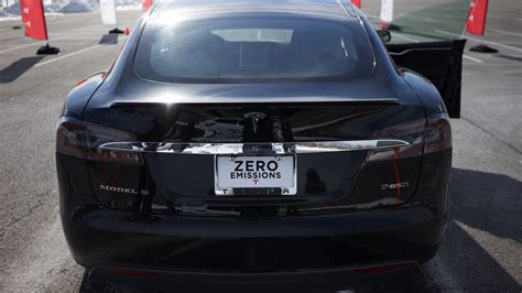 tesla ends resale  guarantee   vehicle