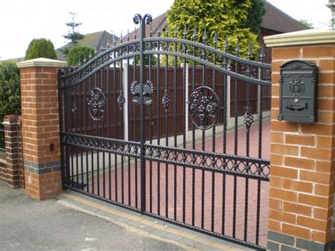 kinds of gates photos types of driveway gates boston ironworks staircases fences fire escapes
