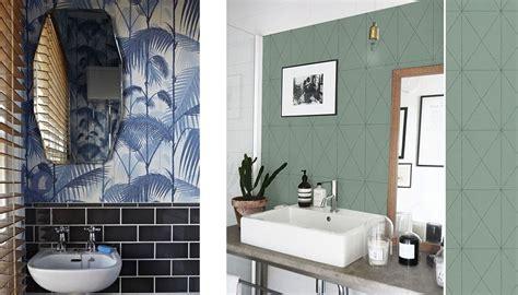 humidité mur chambre idée déco du papier peint dans la salle de bain une