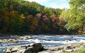 MLeWallpapers.com - Ohiopyle River Rapids in Fall