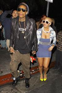 Amber Rose And Wiz Khalifa Check Out Guns N39 Roses At The