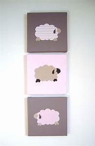 Decoration Murale Chambre Enfant : d coration murale chambre d 39 enfant tableau triptyque b b trois moutons blanc beige rose ~ Teatrodelosmanantiales.com Idées de Décoration