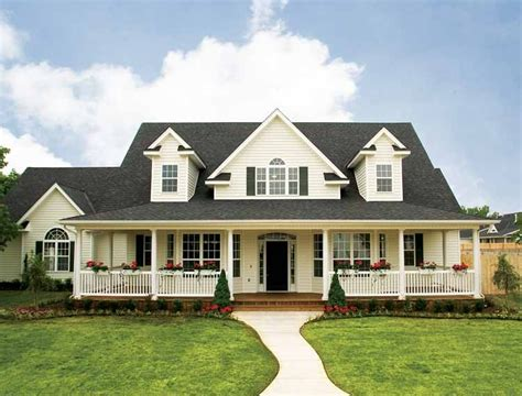 4 bedroom country house plans eplans low country house plan flexibility for a growing