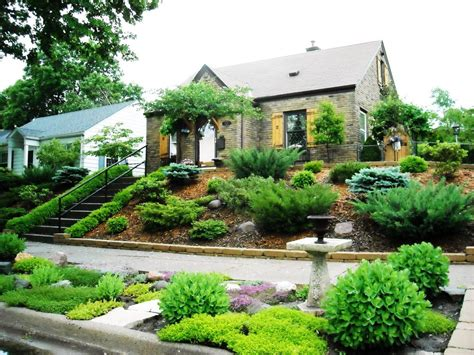 Sloped Front Yard Landscaping Ideas  Image To U
