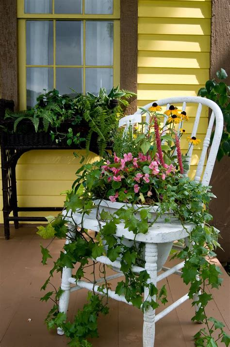 chaise pot 1032 best images about chair planters on